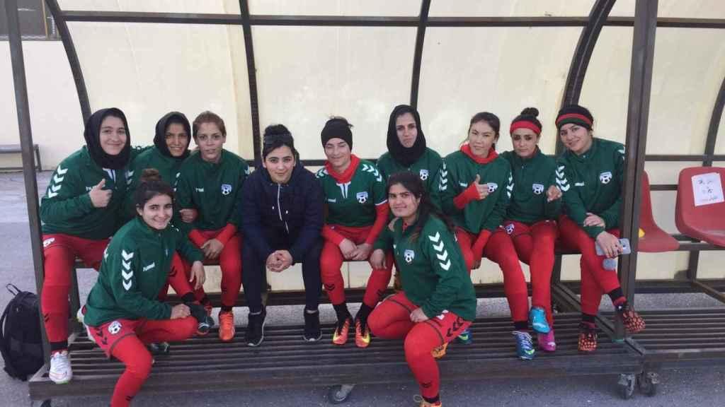 Selección femenina de Afganistán. Foto: Twitter (@khalida_popal)
