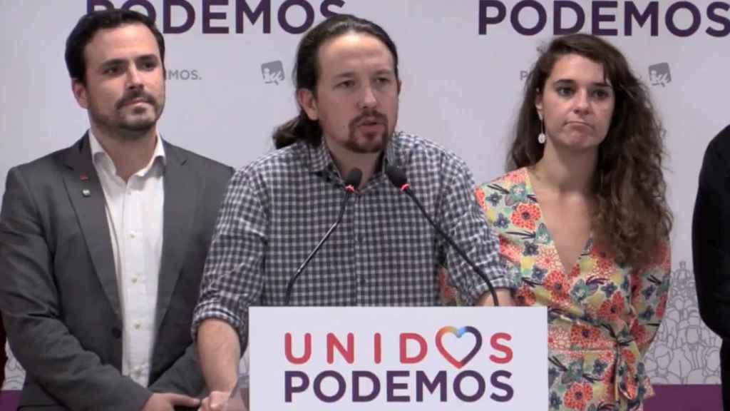 Alberto Garzón, Pablo Iglesias y Noelia Vera, en su comparecencia tras los resultados en Andalucía.