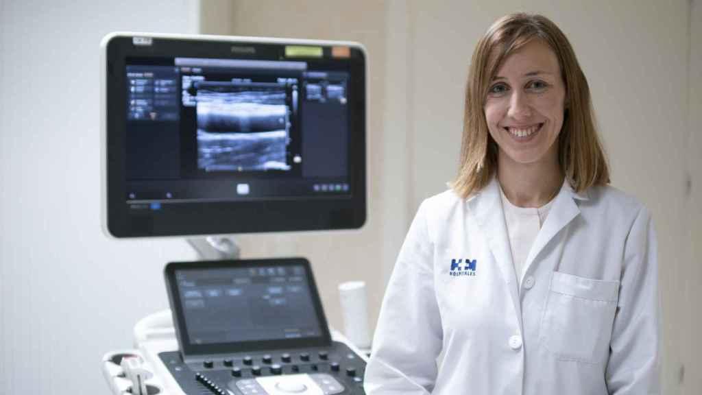 La Dra. Beatriz López Melgar en la consulta de Cardioprevención 3D de  HM CIEC.