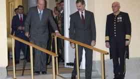 Juan Carlos y Felipe en el acto.