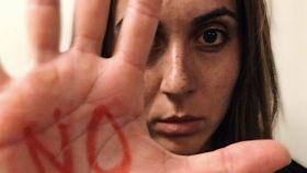 Marga Crespí mostrando su repulsa a los malos tratos. Foto: Twitter (@margamcj)