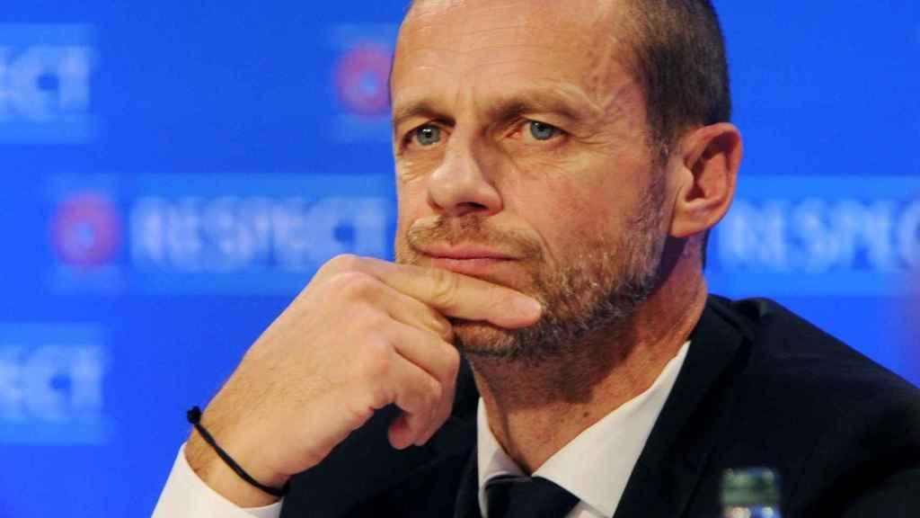La UEFA introducirá el videoarbitraje en la Champions desde octavosn