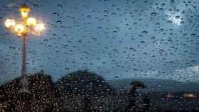 Cielos nubosos con chubascos y temperaturas en descenso San Sebastián.