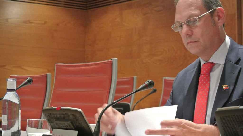 El magistrado Martín Tortabú, en la Comisión de financiación de partidos políticos del Senado.