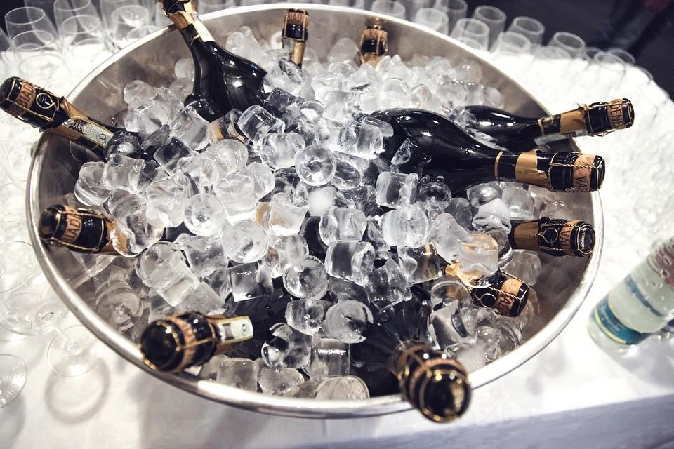 champagne-438448_960_720