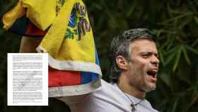 Leopoldo López al llegara a sucasa en caracas después de más de tres años aislado en una cárcel militar.