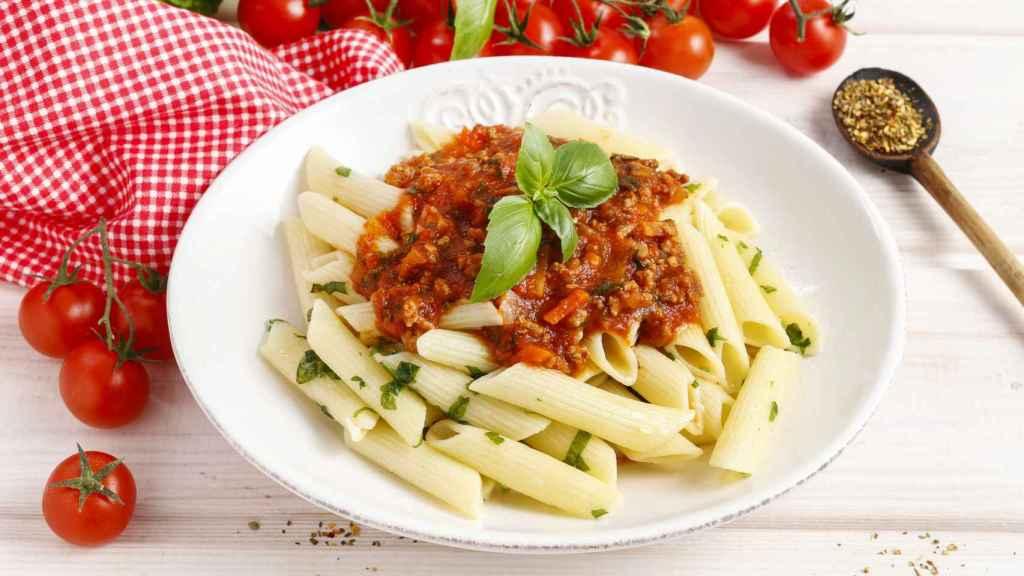 Un delicioso plato de pasta, repleto de carbohidratos.