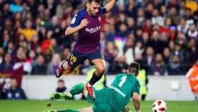 Munir en un partido con el Barça