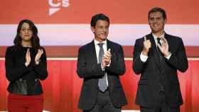Rivera, Valls y Arrimadas, en su acto de Barcelona.