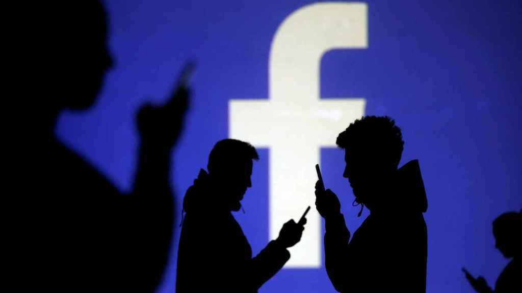 Facebook alberga hasta 90 millones de cuentas falsas