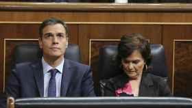 Pedro Sánchez y Carmen Calvo, este jueves en el Congreso de los Diputados.