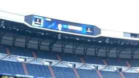 El marcador del Santiago Bernabéu, listo para la final de la Libertadores