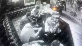 Graban a jugadores del Arsenal colapsando tras consumir la droga 'hippy crack'. Foto: The Sun