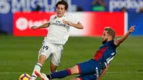 Odriozola, durante el Huesca - Real Madrid de La Liga