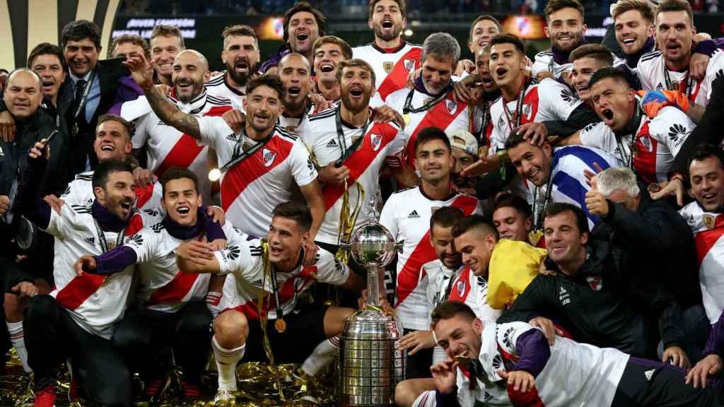 River Plate con la copa de la Libertadores