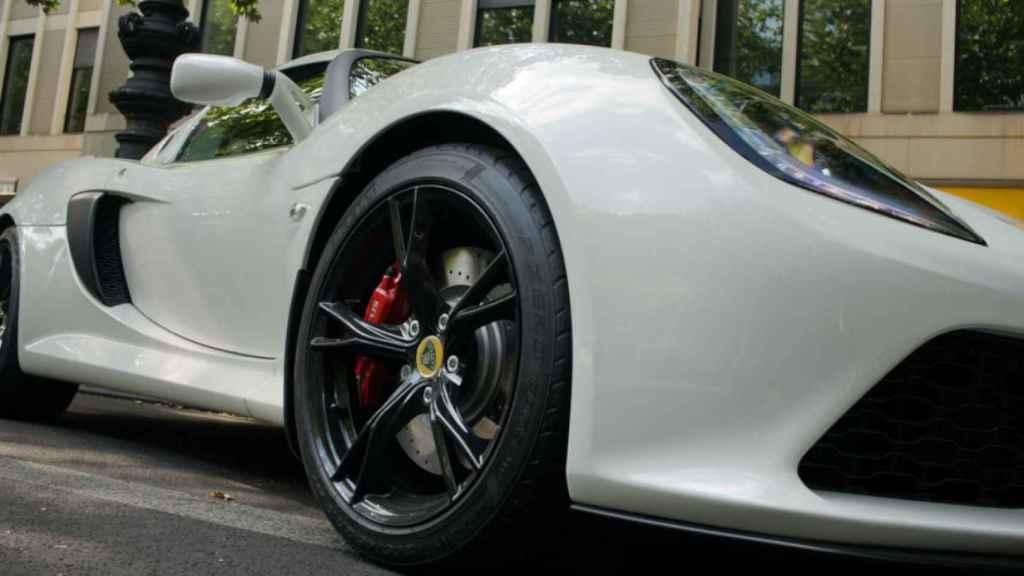 lotus coche 1
