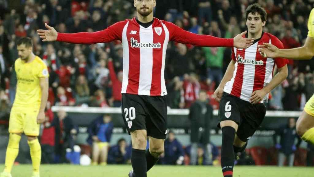 Aritz Aduriz, celebrando un gol del Athletic frente al Girona