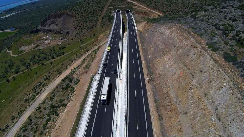 Imagen de una de las autopistas griegas de Ferrovial.