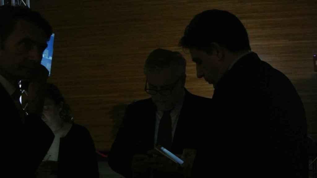 El equipo de Tajani le informa de los últimos datos sobre el ataque en Estrasburgo.
