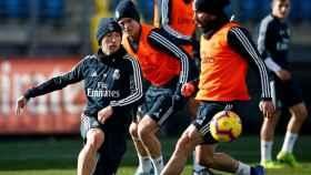 Modric y Carvajal durante el entrenamiento