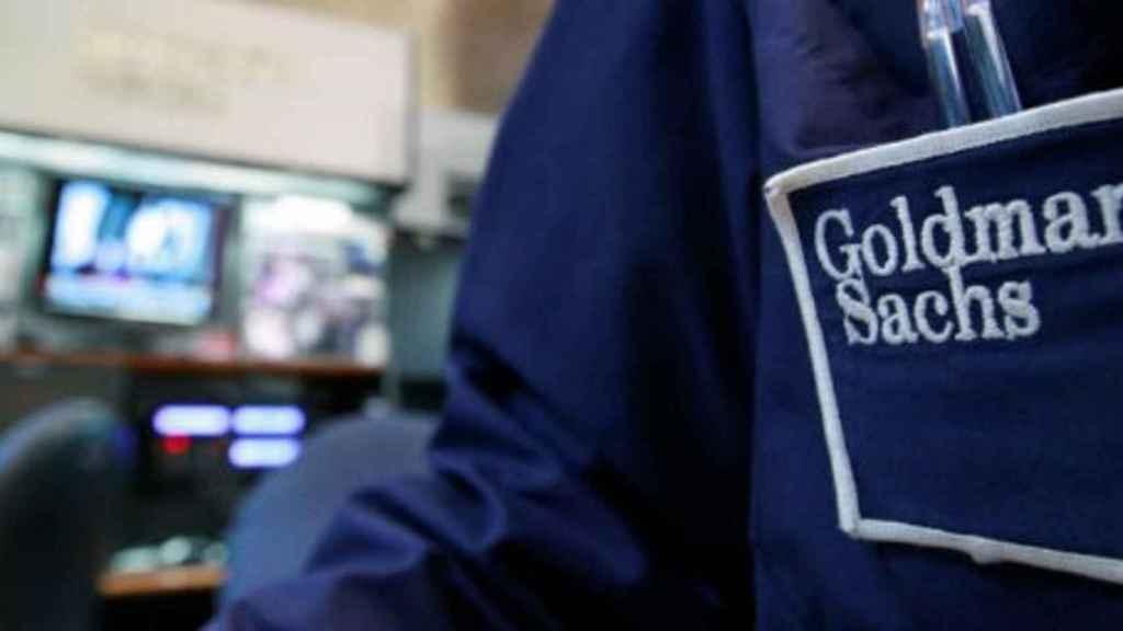 Detalle en la indumentaria de un bróker de Goldman Sachs.