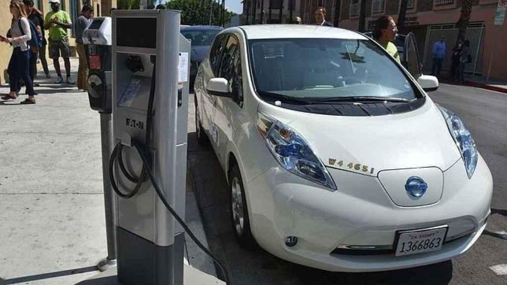 La Comunidad de Madrid dará ayudas para comprar eléctricos.