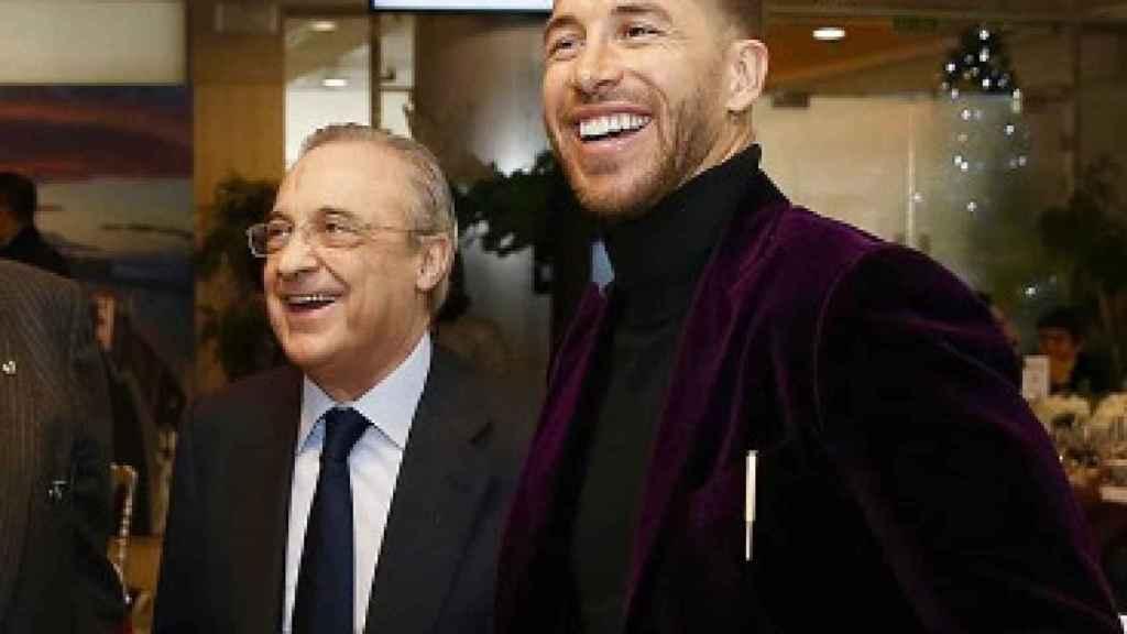 Florentino Pérez y Sergio Ramos en la comida de Navidad. Foto: Instagram (@sergioramos)
