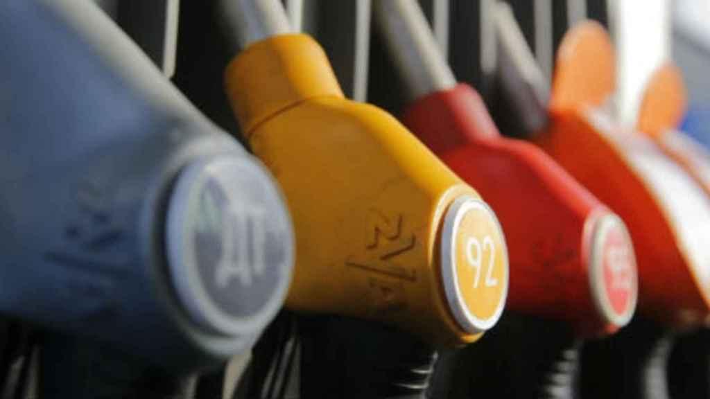 gasolinera-mangueras-585-180316