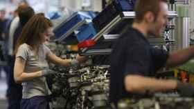 La brecha salarial hace que las mujeres ganen 6.000 euros menos al año y las empresas 42