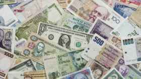 Billetes de diferentes monedas nacionales.