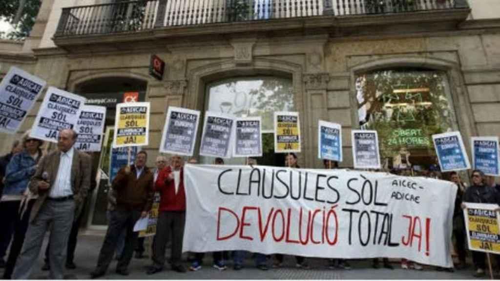 Protesta por la devolución total de las cláusulas suelo.