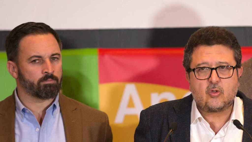 Santiago Abascal, presidente de Vox, y Francisco Serrano, líder en Andalucía.