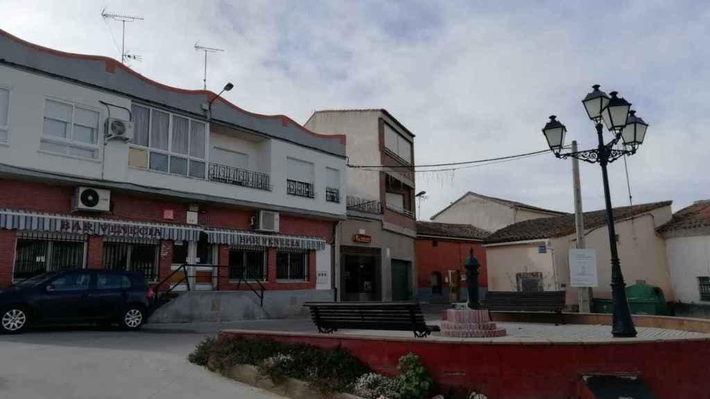 Plaza de Villabuena del Puente, municipio donde veraneaba Laura Luelmo