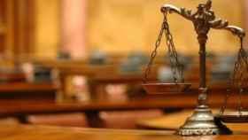 Hacienda exigirá el IVA a los abogados y procuradores por el turno de oficio