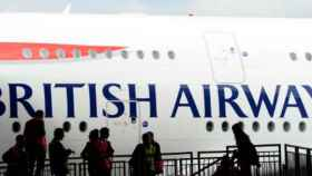 IAG, en el ojo del huracán: apagón informático de British Airways y Catar, factores de riesgo