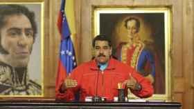 S&P rebaja calificación de deuda de Venezuela ante riesgo de suspensión de pagos