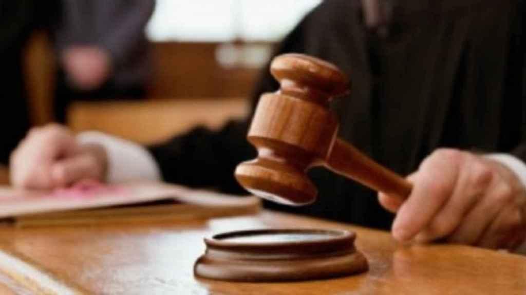 La rapidez con la que se obtiene la orden depende del volumen de trabajo del juzgado.