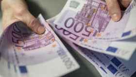 El número de billetes de 500 euros cae hasta mínimos de 2003 y los de 50 suben a máximos históricos