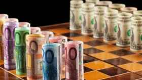 euro_dolar_apuesta_ajedrez_08_05_16