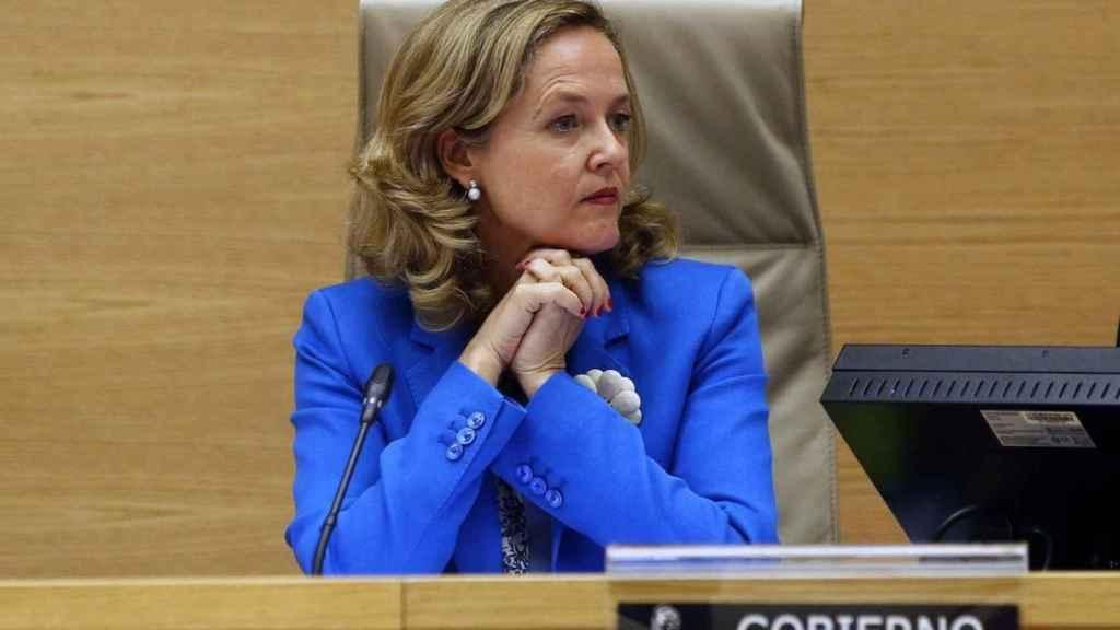 La ministra de Asuntos Económicos, Nadia Calviño, en una comparecencia.