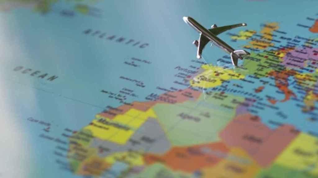 mapa_mundo_avion_turismo