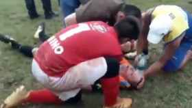 La brutal agresión a un árbitro: un jugador es expulsado y le deja KO