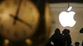 Apple presenta su nuevo iPad Retina de 9,7 pulgadas, que llegará al mercado por 399 y 559 euros