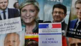 francia-carteles-electorales-585-230417