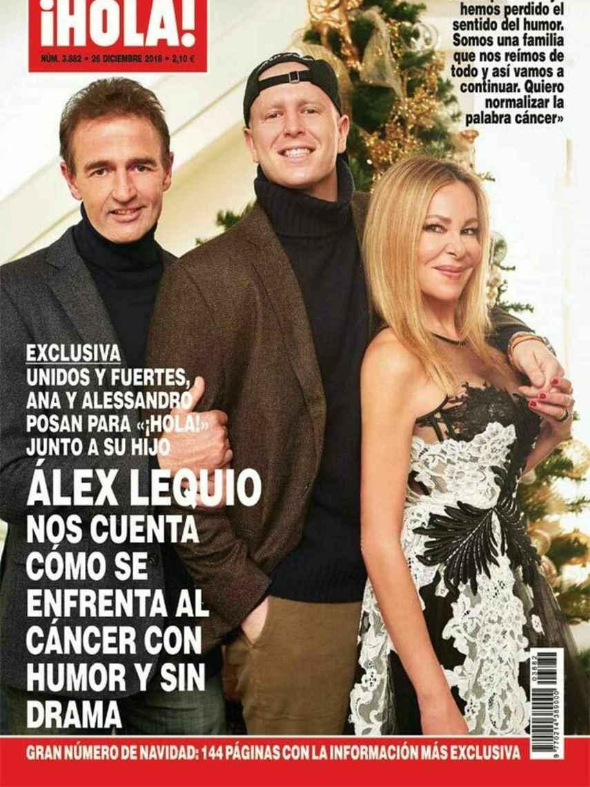 Álex Lequio junto a sus padres en la revista ¡HOLA!