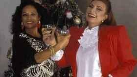 Lola Flores y Rocío Jurado celebrando las fiestas.