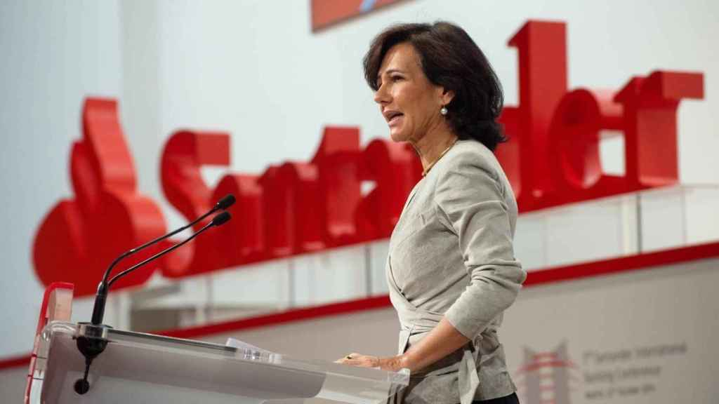 Santander y Mapfre ultiman una alianza para vender seguros de autos y pymes