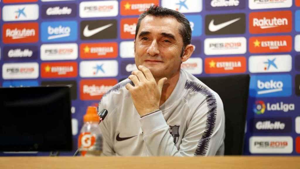 Ernesto Valverde, en rueda de prensa. Foto: Twitter (@FCBarcelona_es)