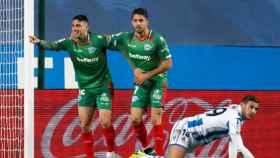 Calleri celebra su gol en el Real Sociedad - Alavés