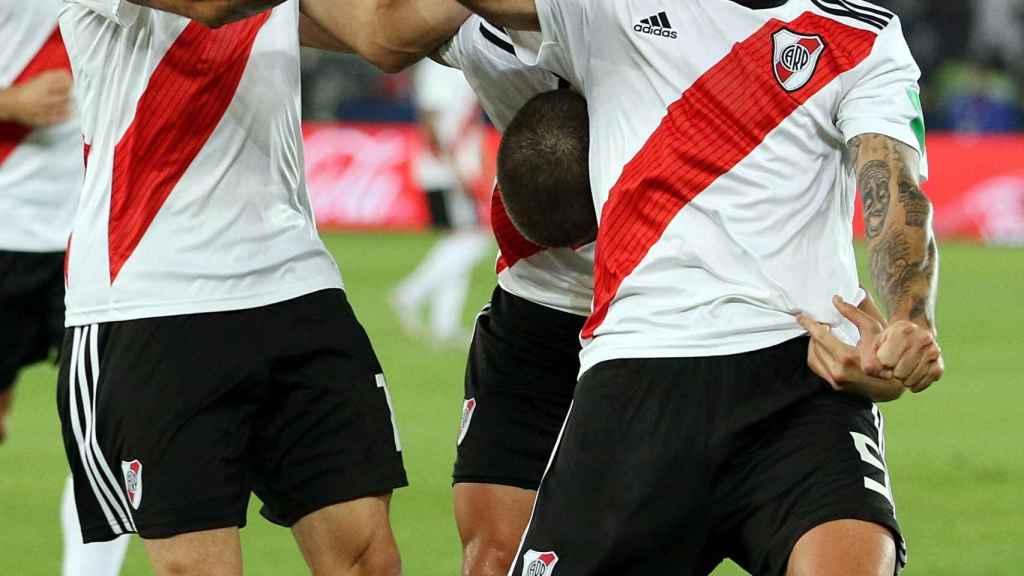 Zuculini celebra su gol en el Kashima Antlers - River Plate
